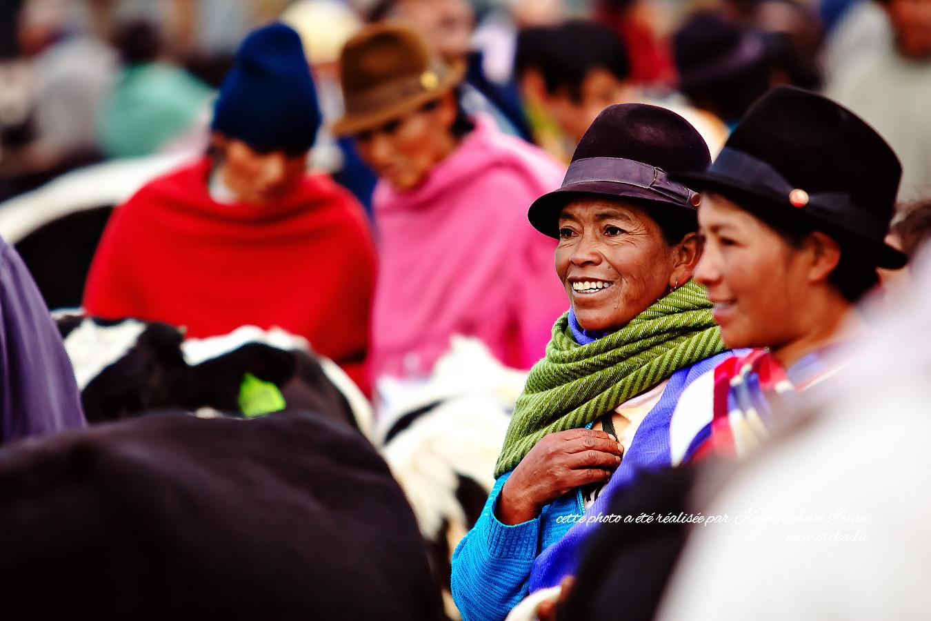 Clientèle au marché de vaches