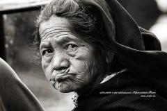 Regard d'une femme indigène