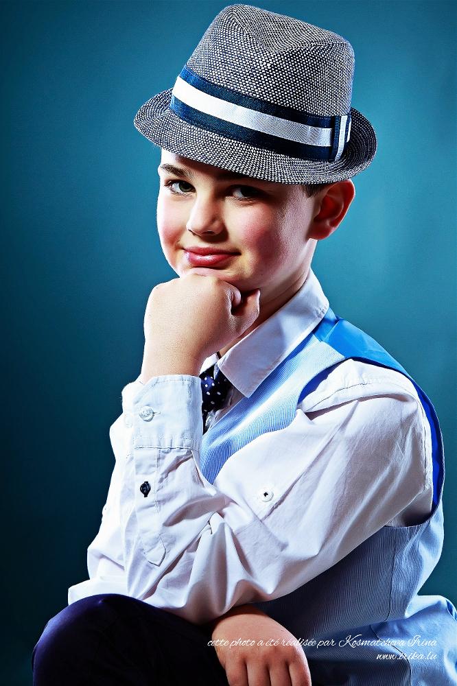 Le petit en chapeau frant