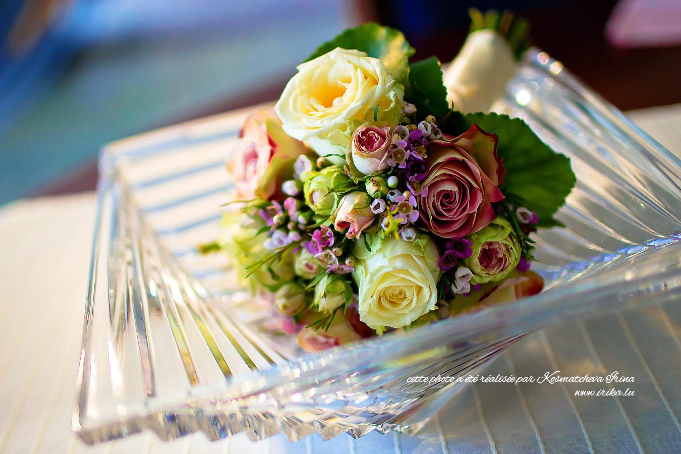 Bouquet de mariée dans le vase