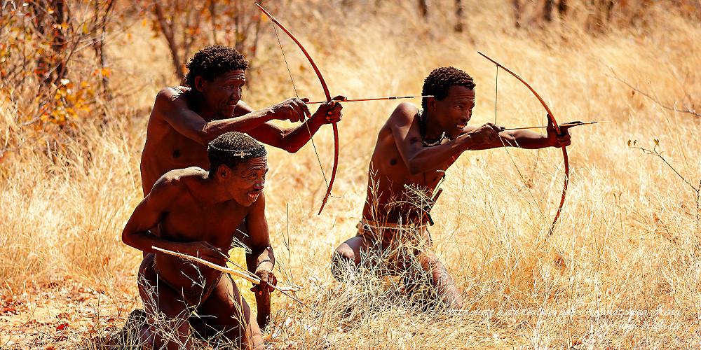 Hommes à la chasse