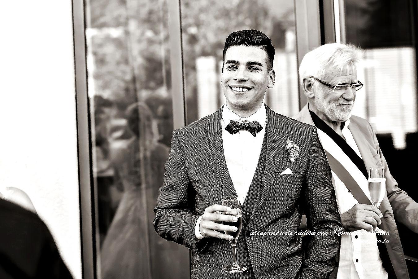 Un verre pour le marié