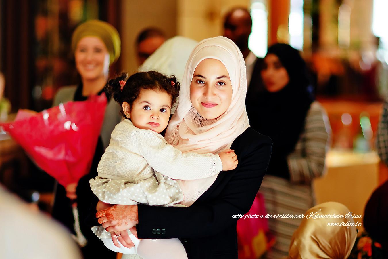 Une autre photo d'une mère et sa fille