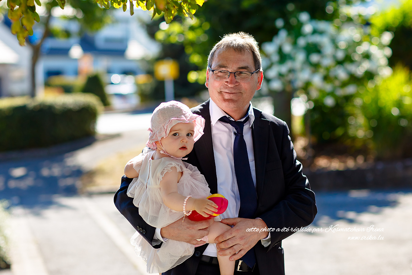 Grand-père-avec-sa-petite-fille