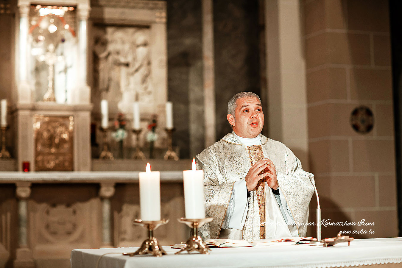 Prêtre catholique