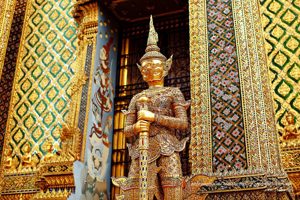 Statue à la thaïlandaise